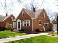 1470 Holmden Rd South Euclid OH, 44121
