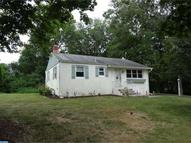 2007 Delwhit Dr Feasterville Trevose PA, 19053