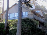1064 Lakeshore Dr Port Orford OR, 97465