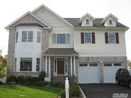 333 Fairway Dr Farmingdale NY, 11735