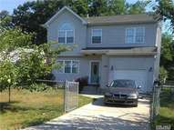 103 Commonwealth Dr Wyandanch NY, 11798