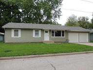 1023 Taylor Dr Boonville MO, 65233