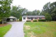 78 Colony East Abbeville SC, 29620