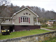 57 Pigeon Hill Herndon WV, 24726