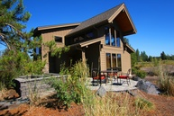 56610 Dancing Rock Loop Sunriver OR, 97707