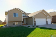 5300 S Sirocco Ave Sioux Falls SD, 57108
