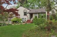 11 Summerset Dr Smithtown NY, 11787