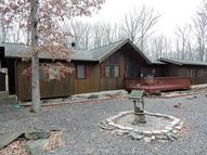 390 Underhill Dr Tamiment PA, 18371