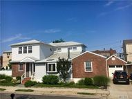 18 Farrell St Long Beach NY, 11561
