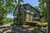 192 Wintergreen Ln Buck Hill Falls PA, 18323