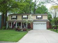 4022 Lydgate Dr North Olmsted OH, 44070
