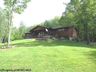 7003 Route 20 South Road French Creek WV, 26218