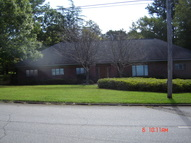310 Georgian Terrace West Point GA, 31833