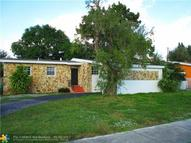 725 Ne 178th St Miami FL, 33162