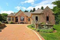 655 Anthony Ct Delafield WI, 53018
