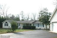 1337 Lakeview Dr Colonial Beach VA, 22443