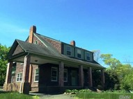 54 Fort Salonga Rd Northport NY, 11768