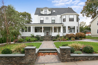 100 Russell Ave Watertown MA, 02472