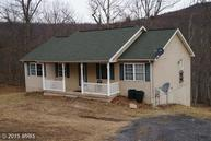 698 Pee We Lane Hedgesville WV, 25427