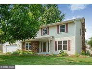 3043 Chippewa Court N Maplewood MN, 55109