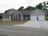 176 Apple Gate Lane Buckhannon WV, 26201