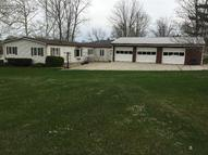 896 Lakeview Dr Willard OH, 44890