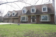 31w713 Nancy Lane Wayne IL, 60184