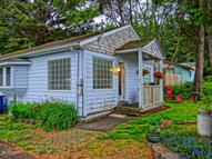 1022 Sw 16th Lincoln City OR, 97367