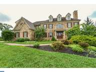 22 Colonial Dr West Chester PA, 19382