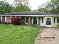 201 S Valley St Carthage MS, 39051