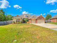 9205 Forest Cove Circle Midwest City OK, 73130