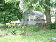613 S 9th Street West Terre Haute IN, 47885