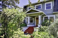 1007 W Galer St Seattle WA, 98119