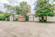10 South Briar Hollow Ln 36 Houston TX, 77027