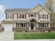 2557 Tonquin St East Meadow NY, 11554