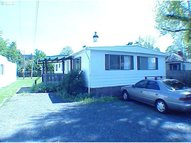 1042 S 7th St Cottage Grove OR, 97424