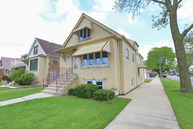 5557 South Moody Avenue Chicago IL, 60638