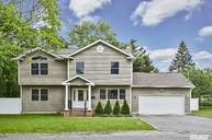 2 Smith St Deer Park NY, 11729