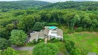 10 West View Dr Oyster Bay NY, 11771