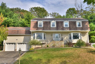 8 Bisset Dr West Milford NJ, 07480
