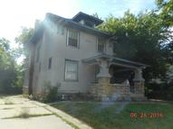 3829 College Avenue Kansas City MO, 64128