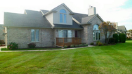 4527 Reflections Dr Sterling Heights MI, 48314