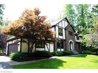 11463 Oak Hollow Dr Chardon OH, 44024
