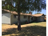 33616 Oak St Scappoose OR, 97056
