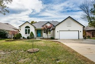 2305 W Timbercreek Circle Wichita KS, 67204