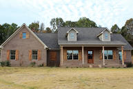 1018 Sarah Grace Ln. New Albany MS, 38652