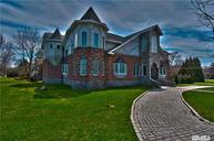 17 Johnson Dr Brightwaters NY, 11718