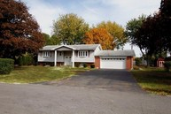 705 Crestview Drive North Manchester IN, 46962