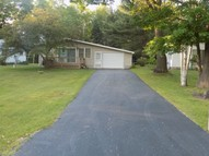 8390 Lakeview Dr Hale MI, 48739