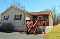 525 Clearview Dr Long Pond PA, 18334